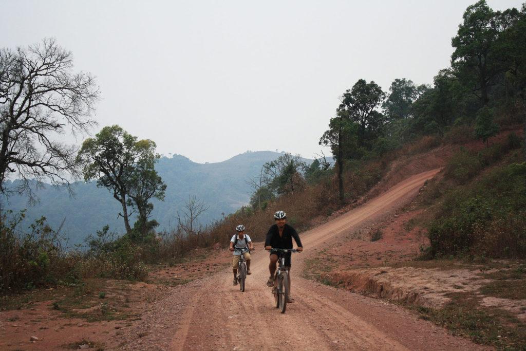 2 Days Biking Luang Namtha-Nalae Visit the Home of Khmu